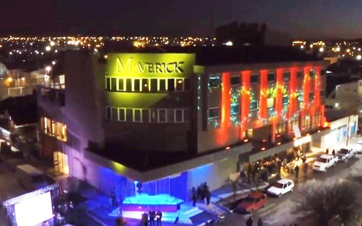 Hubo una gran fiesta para celebrar la apertura del Casino Maverick.